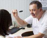 При каких симптомах нужно обращаться к неврологу
